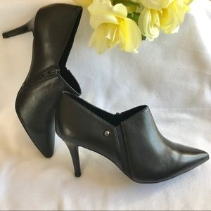 NWT Genuine Leather Vera Wang Shoes High Heels